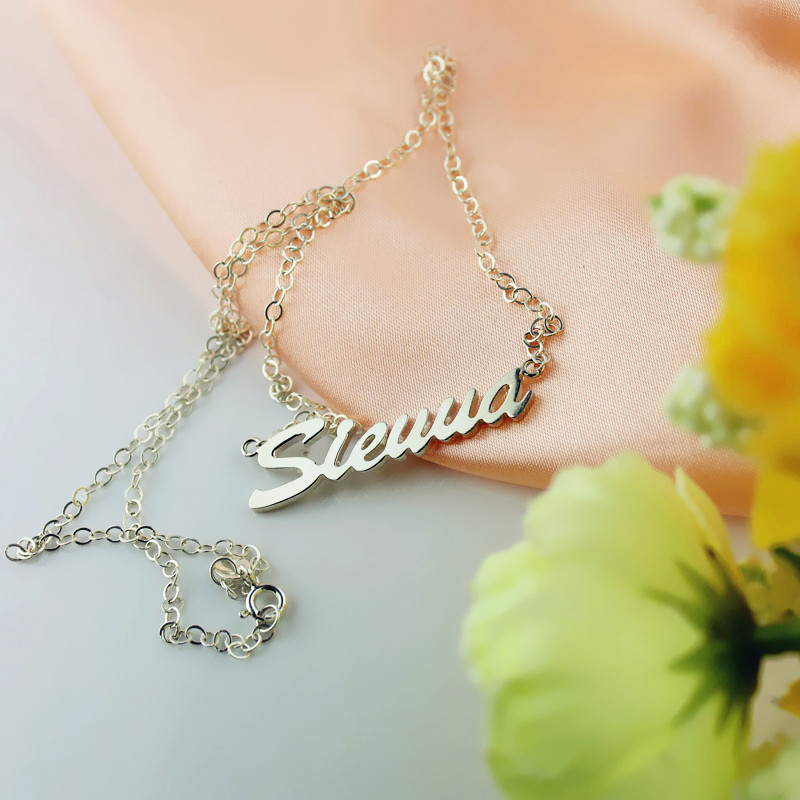 Unique Name Plate Necklace